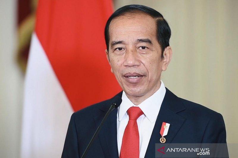 Presiden Jokowi tinjau pelaksanaan vaksinasi massal di RSUI Depok