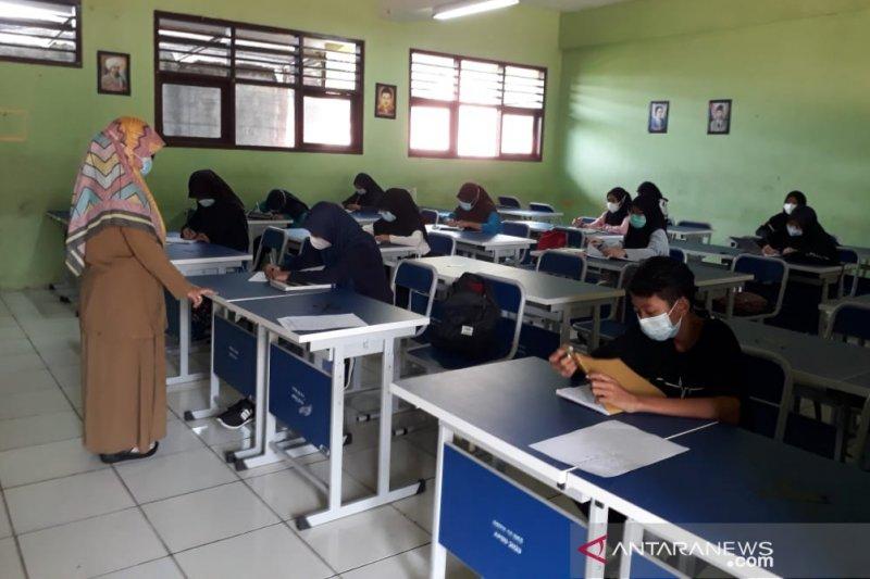Klaster anak sumbang kenaikan kasus COVID-19 Kota Bekasi
