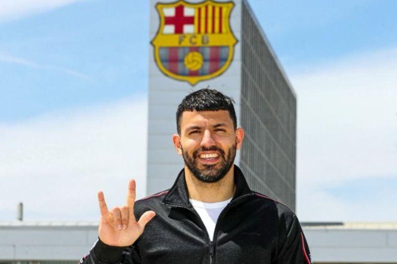 Barcelona mengonfirmasi transfer Sergio Aguero dari Manchester City