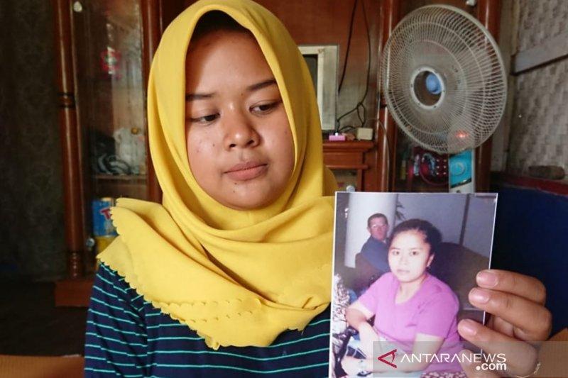 Keluarga TKW hilang kontak 17 tahun minta bantuan Presiden Jokowi