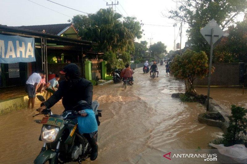 500 rumah di Solokan Jeruk Bandung terdampak banjir akibat tanggul jebol