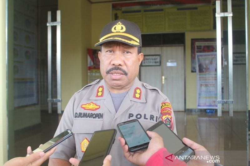 Polres Jayawijaya tahan satu mobil pelintas jalan trans Papua