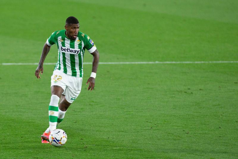 Barcelona tuntaskan transfer Emerson