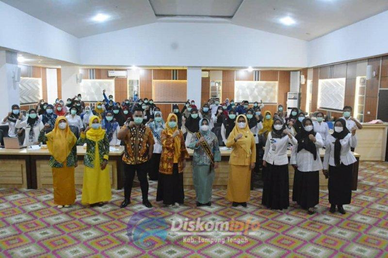 Bunda PAUD Lampung Tengah buka sosialisasi BAN PAUD dan PNF