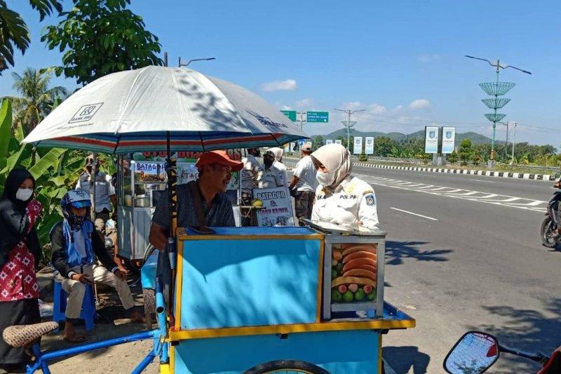 Pemkot Mataram menampung aspirasi pembuatan lapak PKL Tembolak