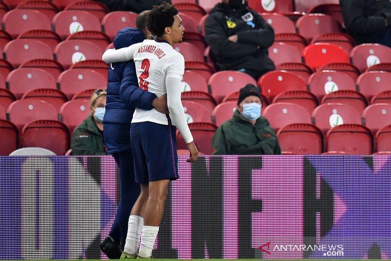 Cedera paha paksa Trent Alexander-Arnold absen membela Inggris di EURO 2020