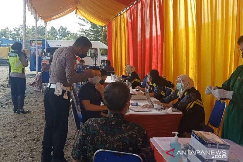 Polres Bekasi gelar vaksinasi gratis di Kantor Unit Lakalantas Cikarang