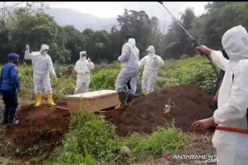 Pemkab Garut persiapkan lahan pemakaman untuk 500 jenazah COVID-19