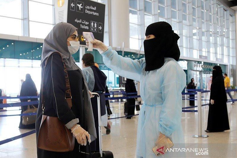 Arab Saudi izinkan warga penerima dua dosis vaksin ke luar negeri