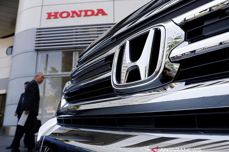 Penjualan mobil Honda turun 16 persen