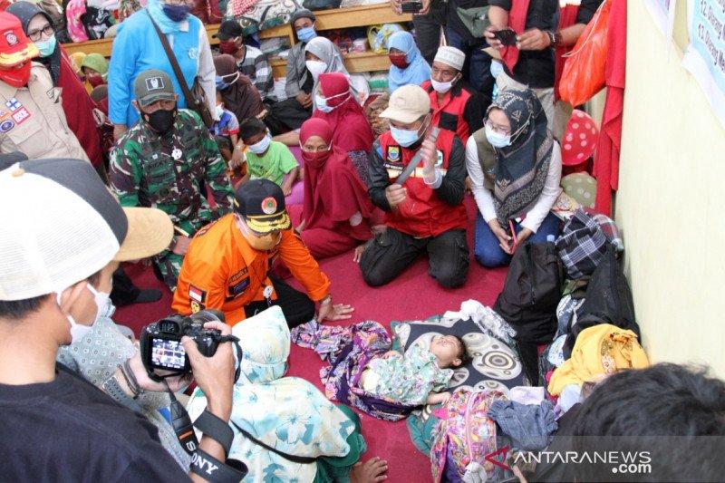 Jumlah pengungsi longsor Cibeber-Cianjur bertambah