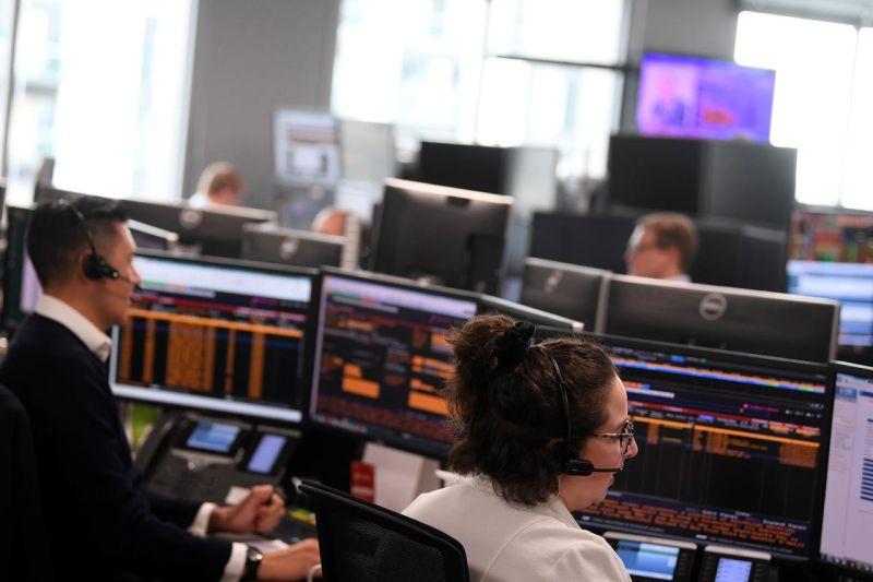 Indeks FTSE 100 Inggris naik  0,07 persen