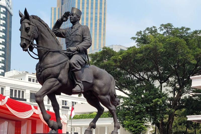 Megawati Soekarnoputri: Prajurit TNI jangan lupakan strategi perang gerilya