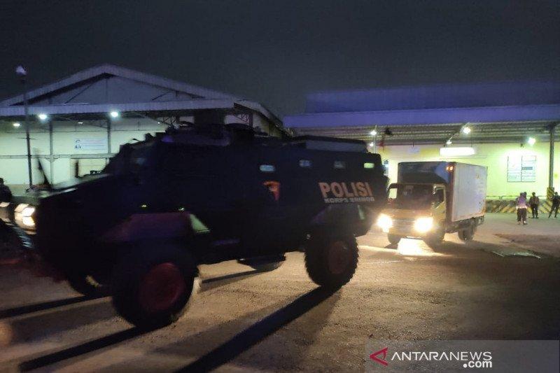 Polisi Militer kawal kiriman 313.200 dosis vaksin AstraZeneca ke Bandung