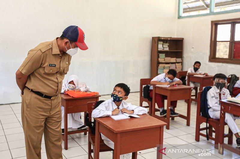 Pemkot Bandung sesuaikan kebijakan pembelajaran dengan kondisi kasus penularan COVID-19