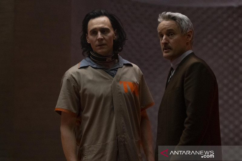 """Kesan Tom Hiddleston hingga Owen Wilson adu peran di film """"Loki"""""""