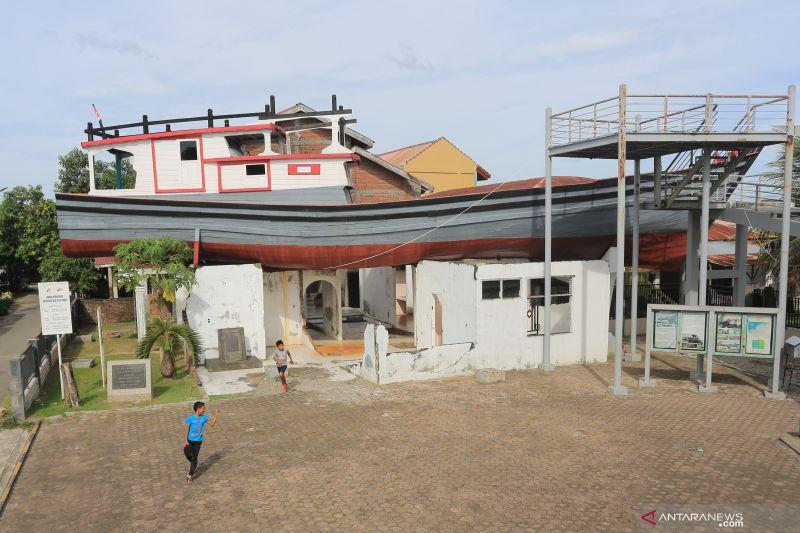 Epidemiolog: Jangan ajak anak berbelanja dan ke pasar saat pandemi corona