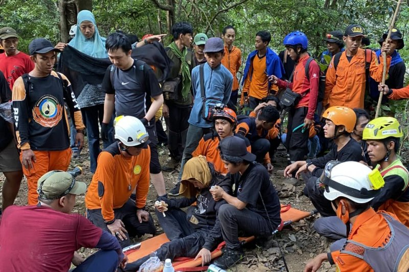 SAR gabungan temukan pendaki asal Makassar setelah empat hari pencarian