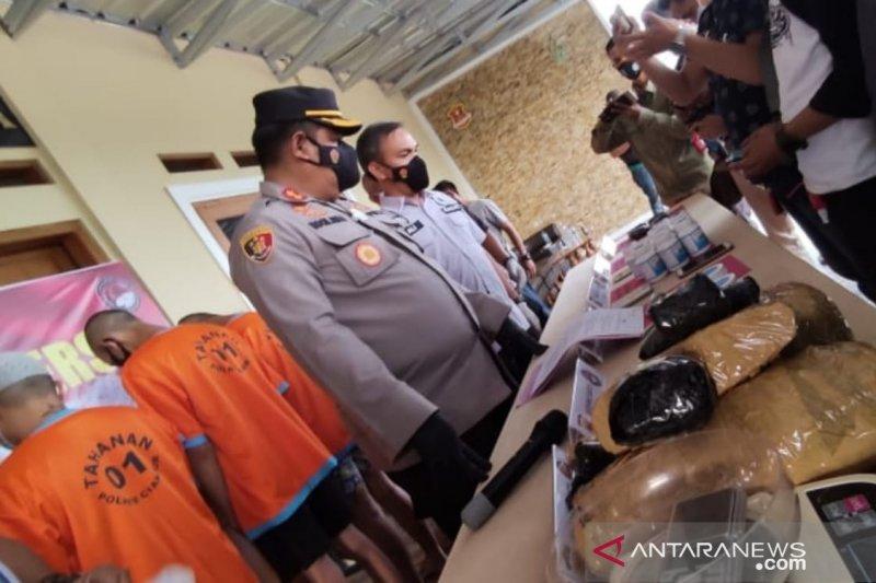 Polres Cianjur tangkap 7 bandar narkoba jaringan antarpulau