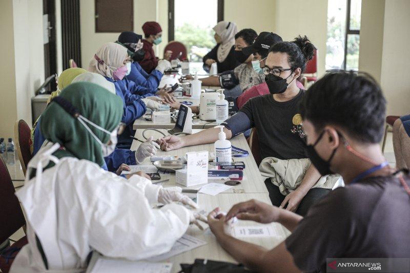 "Vaksinasi usia 18 tahun ke atas di Jakarta untuk bentuk ""herd immunity"""
