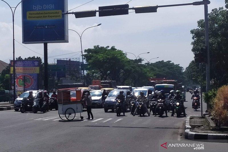 Polda Jawa Barat tetap lakukan tilang elektronik di masa sosialisasi