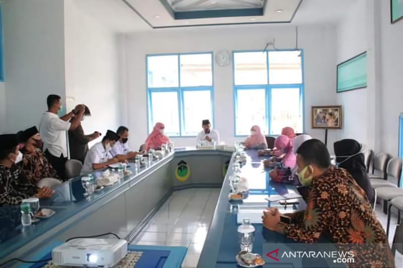 Beasiswa untuk warga, Pemkot- STIT Diniyyah Puteri jalin kerja sama