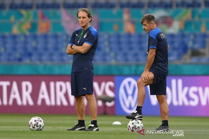 Euro 2020 - Roberto Mancini incar timnas Italia capai semifinal