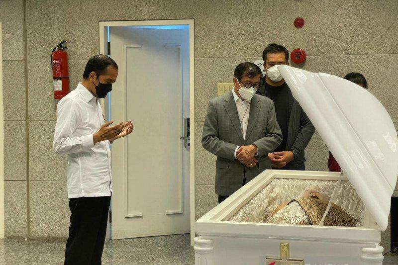 Istri Menkumham dimakamkan di San Diego Hills Karawang Sabtu