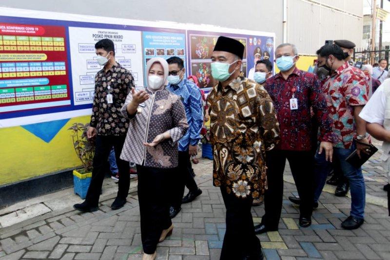 Menko PMK apresiasi Pemkot Makassar tekan laju COVID-19