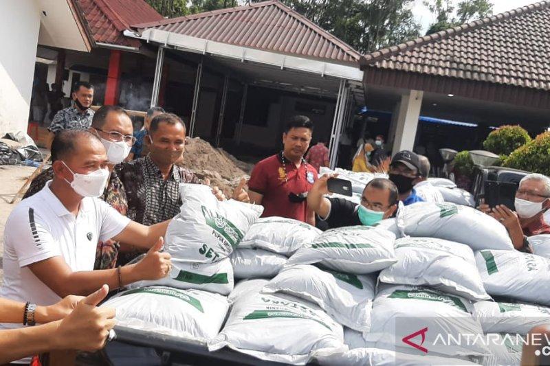 Kuota pupuk subsidi berkurang, petani sawit Pasaman Barat diminta gunakan pupuk organik