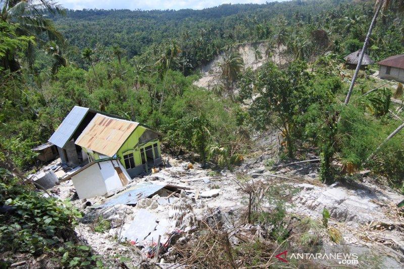 Pakar: sebut Bimtek DPRD  Kupang hamburkan uang rakyat