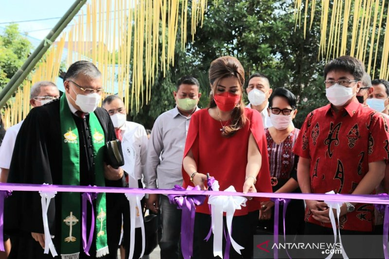 Wali-Wawali Kota Manado terus kampanyekan vaksinasi hebat lawan COVID-19