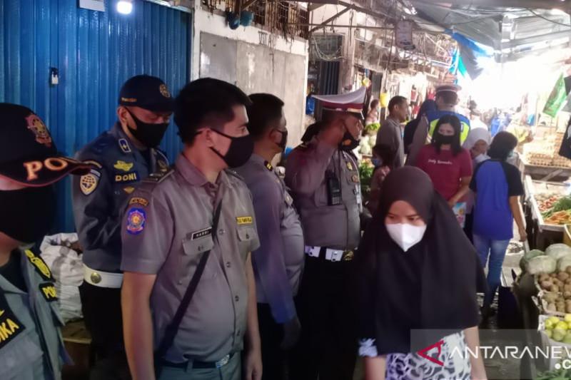 118 orang pelanggar protokol kesehatan COVID-19 di Pesisir Selatan terjaring operasi Tim Gabungan