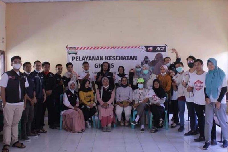 ACT NTB membuka layanan kesehatan gratis di kaki Gunung Rinjani