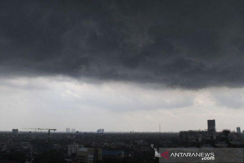 BMKG prakirakan sebagian wilayah berpotensi hujan sedang hingga lebat