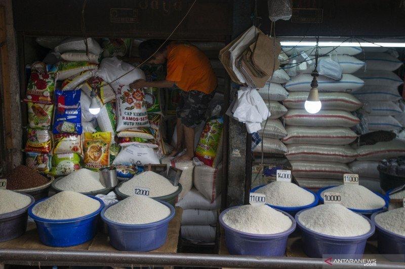 Kemarin, stabilitas pangan sampai peninjauan prokes di industri