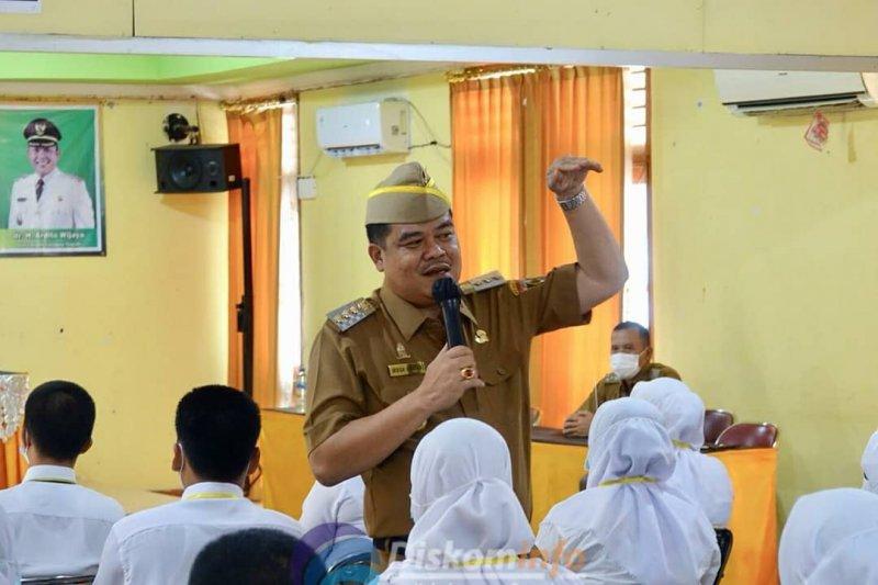 Musa Ahmad  berikan materi latsar CPNS golongan III