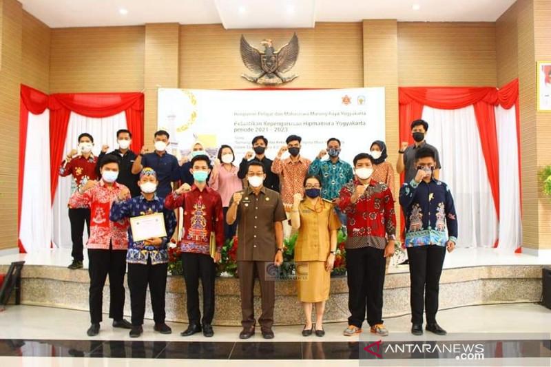 Ini pesan Bupati Murung Raya saat melantik pengurus Hipmamura Yogyakarta