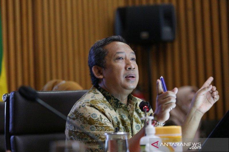 Pemkot Bandung lanjutkan PPKM Mikro terbukti turunkan kasus COVID-19