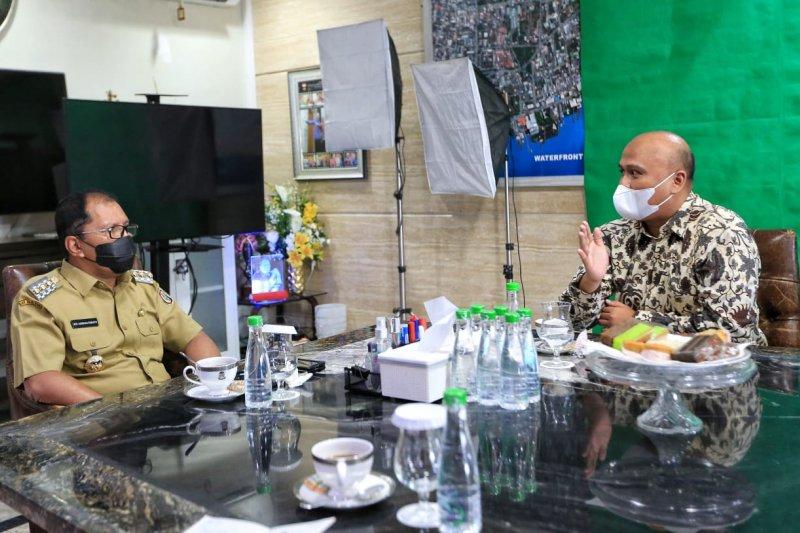 "Wali Kota Makassar  bahas rencana pendirian ""Tettere"" ke KPPU"