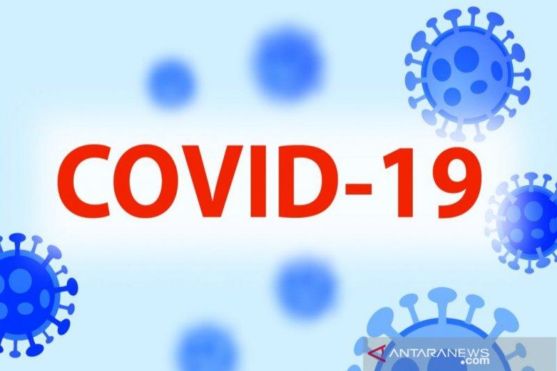 Kasus positif COVID-19 di Indonesia bertambah hingga 12.990