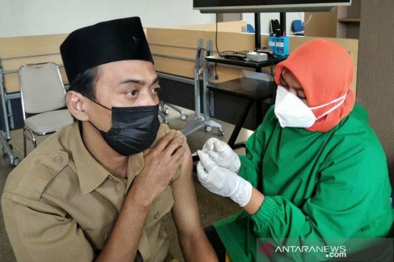Sumsel fokuskan vaksinasi  COVID-19 untuk kelompok guru