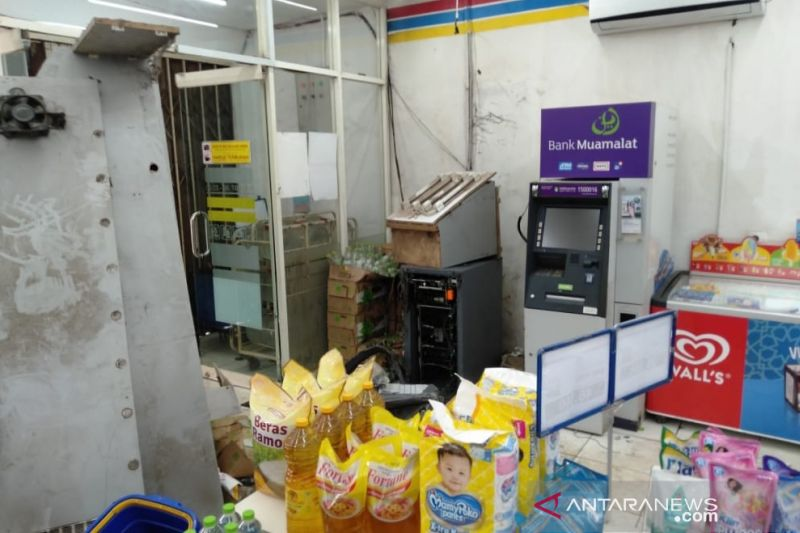 Mesin ATM BRI dijebol kawanan pencuri, Rp300 juta lebih raib