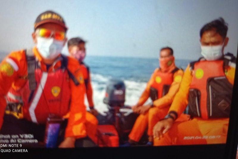 Basarnas sisir perairan Salira Banten cari ABK hilang