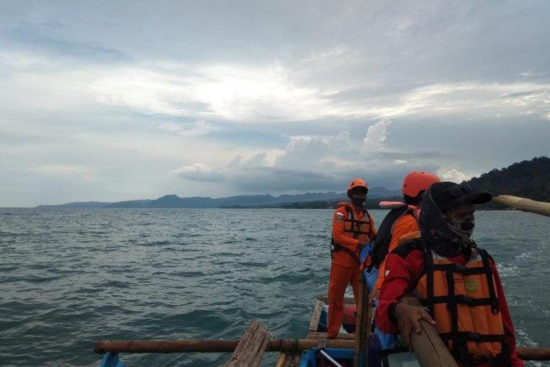 Pencarian pelajar Bogor hilang tenggelam di laut Sukabumi belum membuahkan hasil