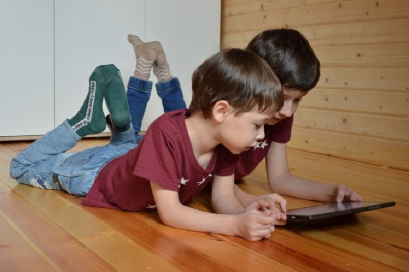 Gadget bisa tumbuhkan kreativitas anak asalkan diawasi dan dibimbing orang tua