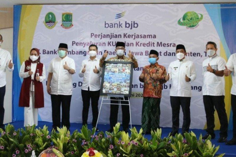 Bank BJB Karawang salurkan KUR Pertanian dan Kredit Mesra bagi petani
