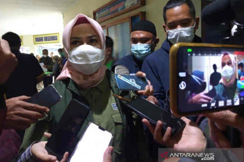 Kasus COVID-19 melonjak, Pemkab Cirebon tambah tempat tidur