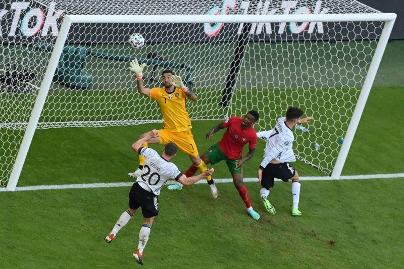 Jerman hancurkan Portugal 4-2