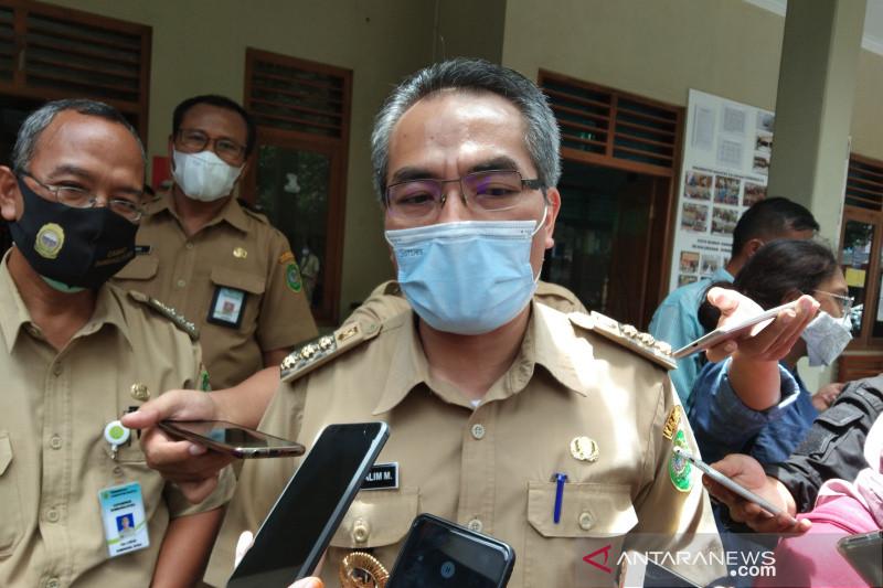 Pemkab Bantul akan mencermati kebijakan penutupan sementara objek wisata